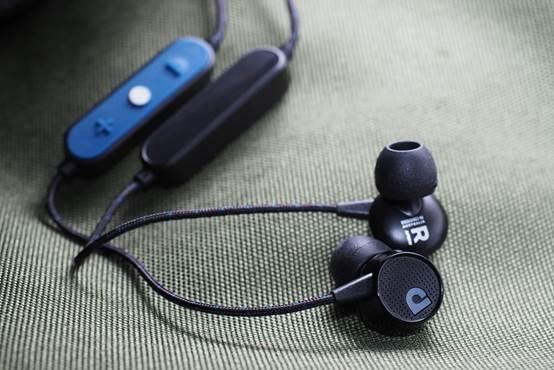 wireless in-ear audio monitor
